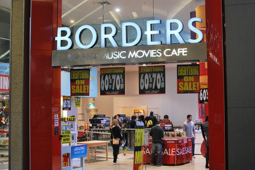 Borders closing in Bondi Junction.