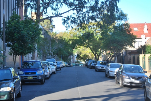 Quiet street in Kirrbilli
