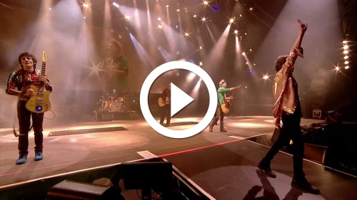Play The Rolling Stones - (I Can't Get No) Satisfaction - Glastonbury 2013 (HD)