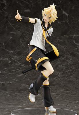 Kagamine Len figure by Tony Taka
