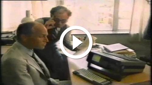 Play Classic Australian Commodore computer ad