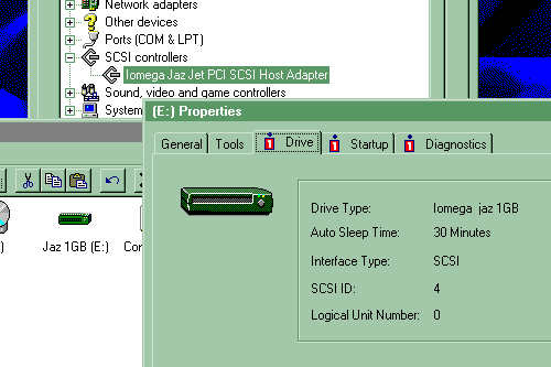 Screenshot of Windows 95 C showing the Iomega Properties pane for the Jaz drive