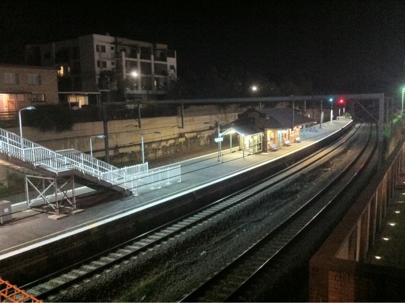 Photo of Bardwell Park station platforms at night