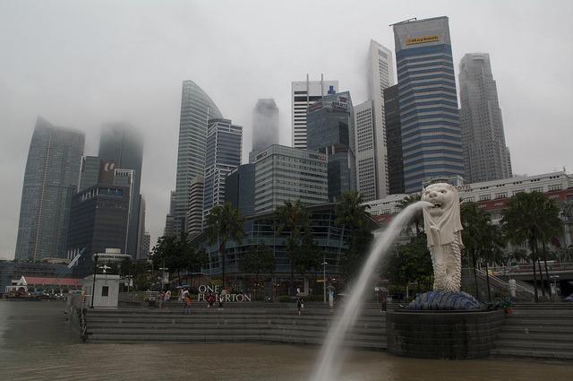 Overcast photo of Singapore