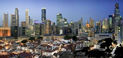 Singapore panorama by SomeFormOfHuman on Wikipedia