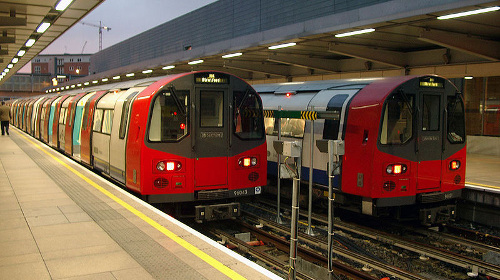 London tube trains photo by Reveal on Wikipedia