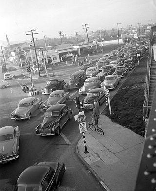 Traffic jam at Venice Boulevard and La Cienega Boulevard in Los Angeles, Calif., 1953