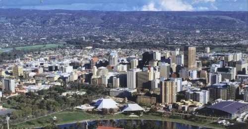 Adelaide looking inland as of 2008, by Normangerman on Wikipedia