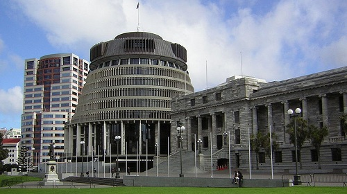 The Beehive building in Wellington, by __ on Wikimedia Commons