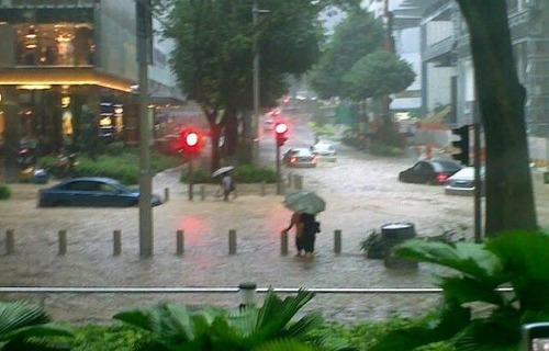 Orchard Road flooded, by AtelierGal